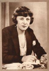 Elizabeth Craig 1