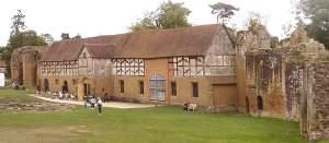 Tudor Stables, Robert Dudley