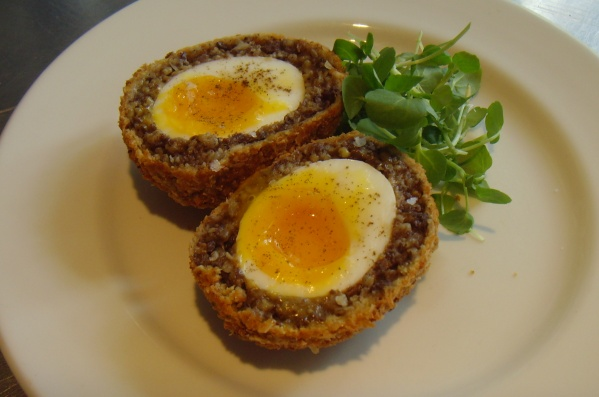 how to make haggis scotch eggs