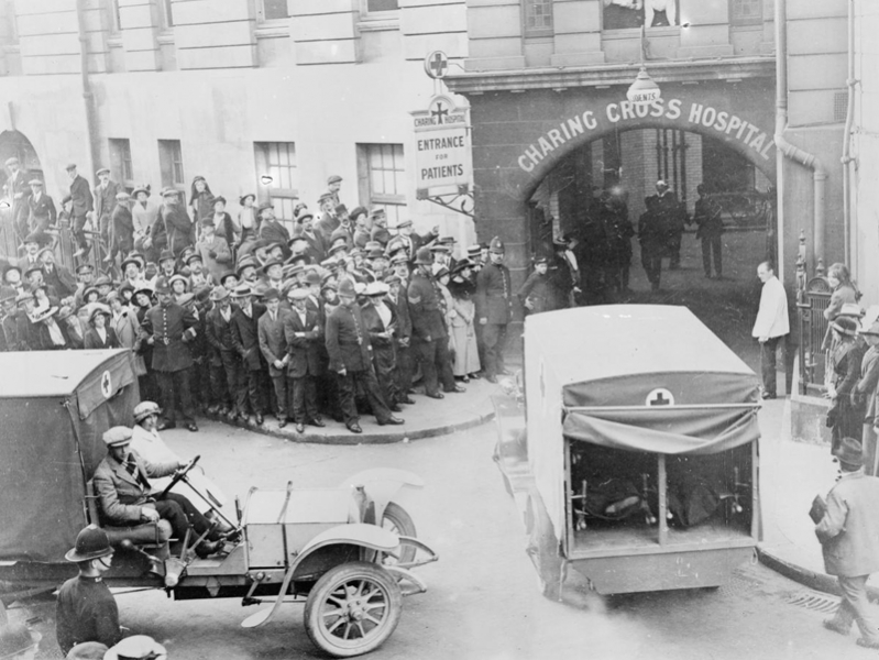 First Wounded arriving at Charing cross hospital